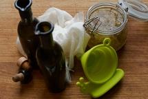 Rubber snail and elderflower vinegar