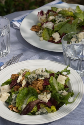 Roquefort and Walnut Salad