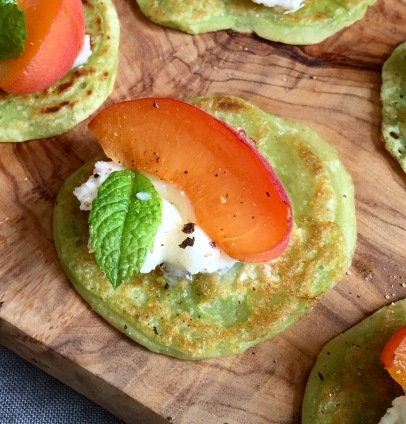 Canapé Pea Fritters