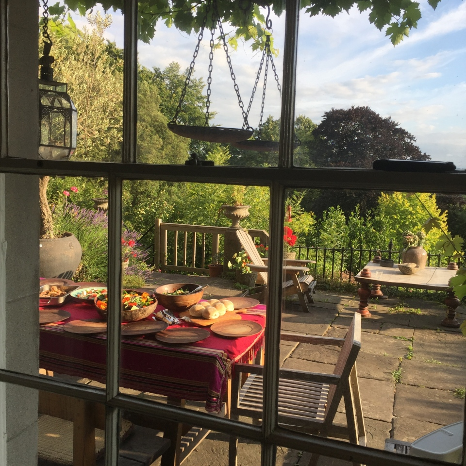 Supper a the Clifton garden - Jenny Chandler Blog